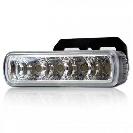 LED-Tagfahrlicht mit 4 Led's